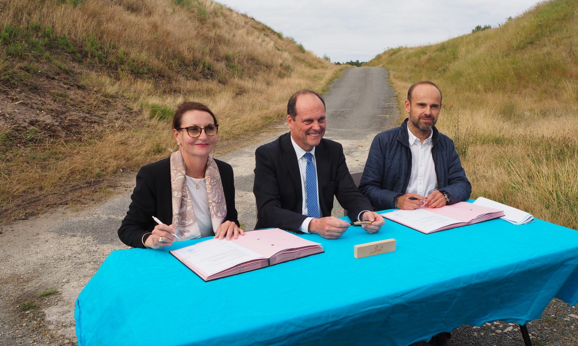 Projet de centrale photovoltaïque à Audenge : signature du bail emphytéotique