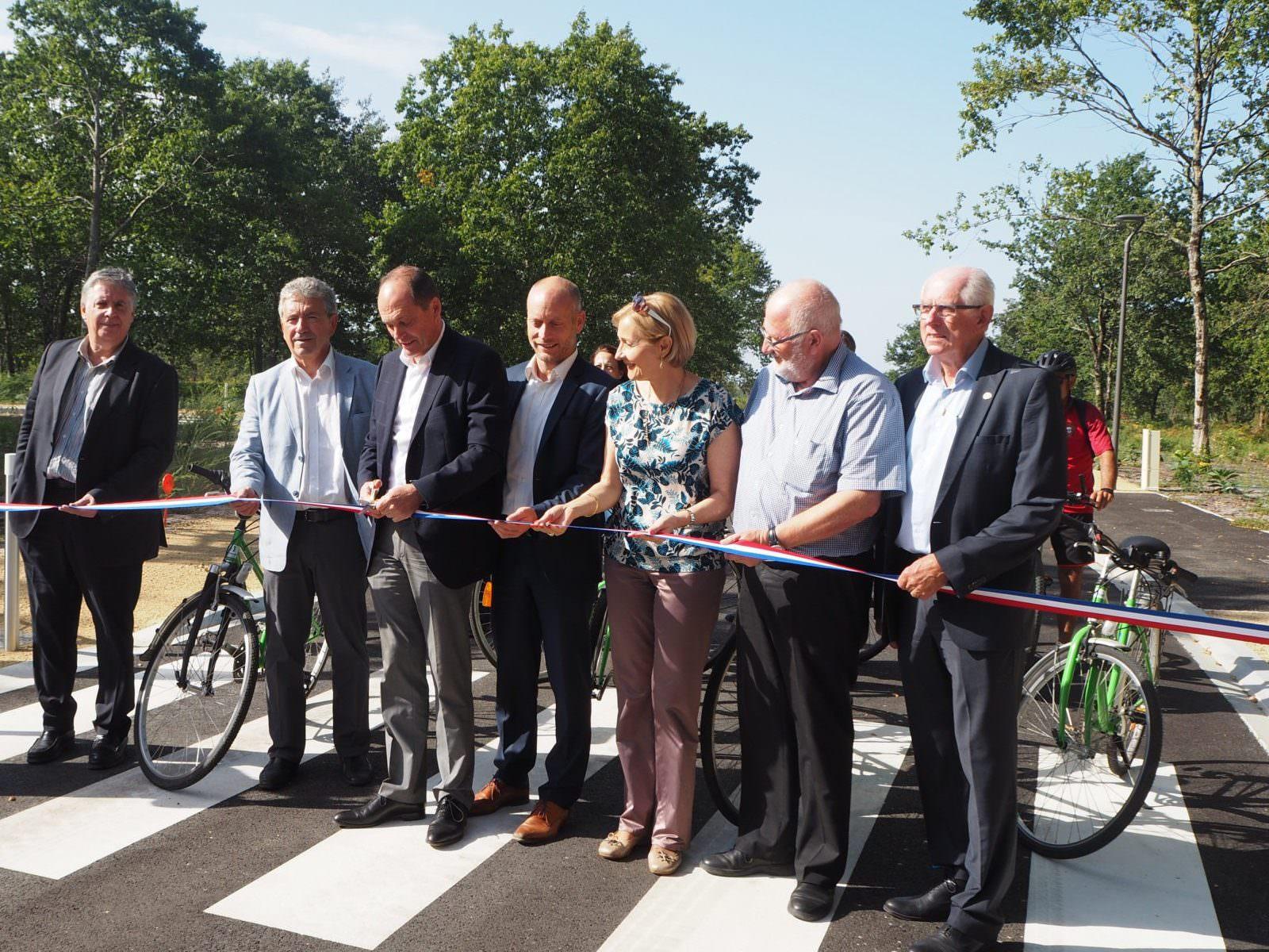 La COBAN a inauguré la piste cyclable de Biard et la Zone d'Activités de Réganeau à Marcheprime