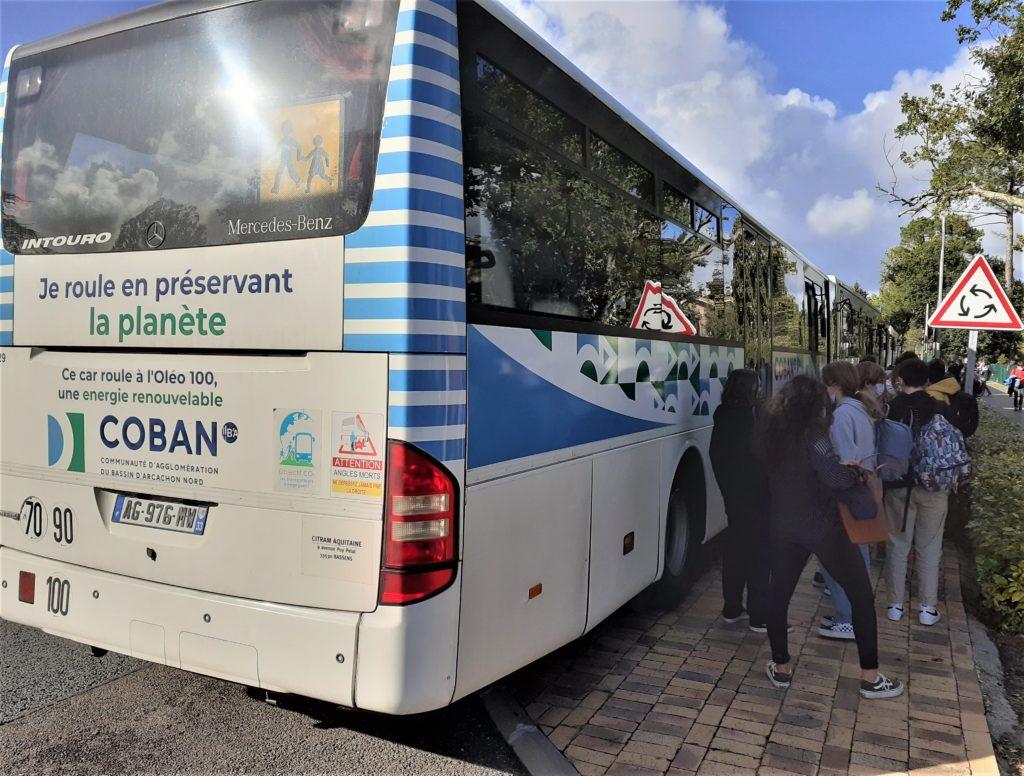 """Car scolaire de la COBAN à l'Oléo 100 """"Je roule en préservant la planète"""""""